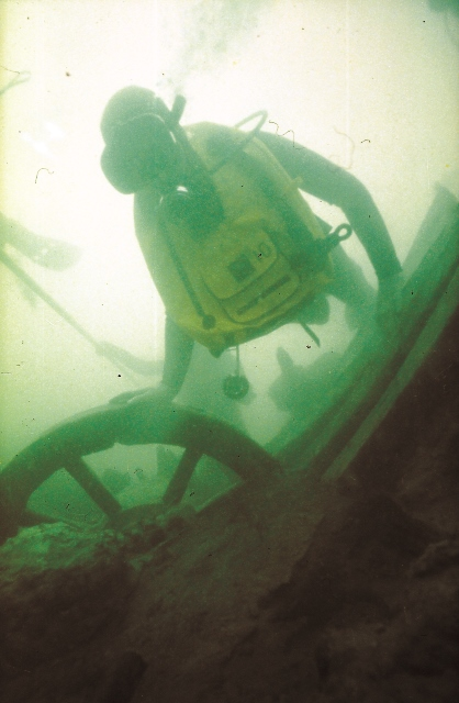 Hrh Prince Of Wales Dives The Mary Rose Wreck